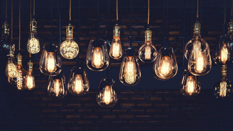 illuminated hanging vintage light bulbs